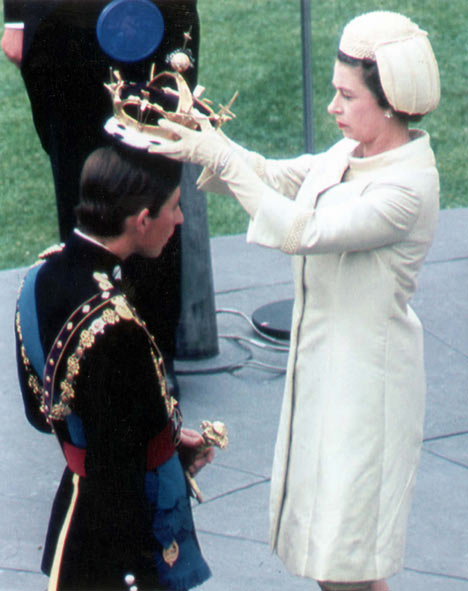 http://britainrus.co.uk/upload/stats/rtf/630_Charles_investiture.jpg